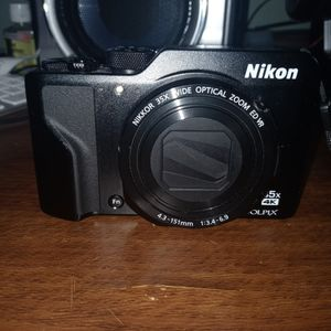 Nikon A1000 Coolpix 4k 35x Zoom. for Sale in Daly City, CA