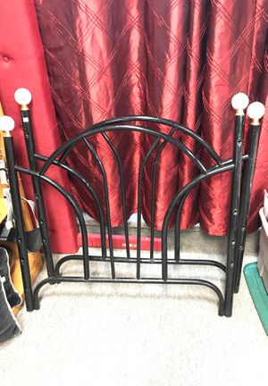Twin bed size metal frames for Sale in Menifee, CA