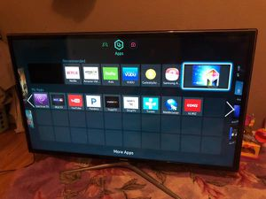 Smart tv 40 inch for Sale in St. Louis, MO