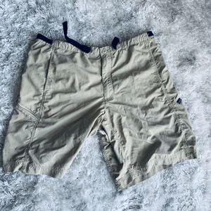 Patagonia Cargo Shorts Nylon Pockets Tan Belt Hiking Active for Sale in Los Angeles, CA