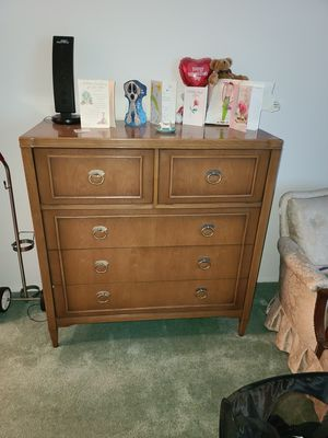 7 piece bedroom set as pictured above. for Sale in Murrieta, CA
