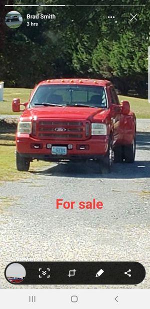 01 Ford f350 7.3l dually for Sale in Virginia Beach, VA
