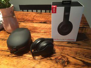 New mat black beats solo 3 wireless for Sale in Rockville, MD
