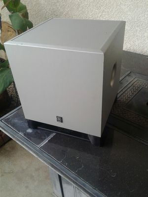 Yamaha 8 inch subwoofer for Sale in Bakersfield, CA
