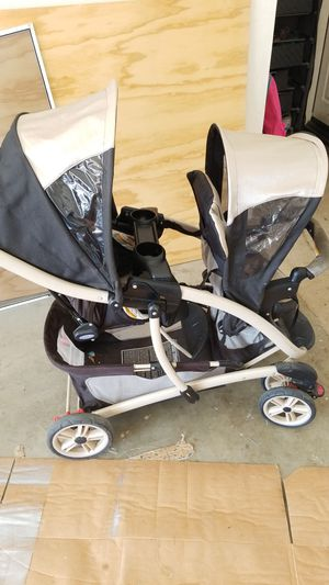 Graco double stroller for Sale in Menifee, CA