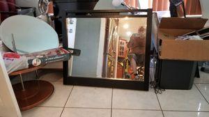 MIRROR FOR VANITY OR DRESSER for Sale in Hialeah, FL