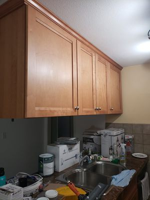 Kitchen cabinets for Sale in Industry, CA