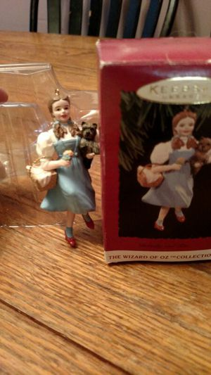 Hallmark Wizard of Oz Dorothy for Sale in Charlottesville, VA