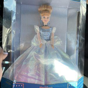 Cinderella Vintage Doll for Sale in Vernon, CA