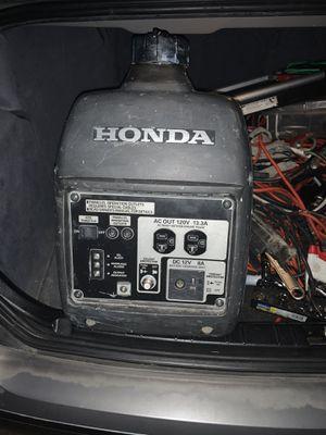 Honda inverter eu2000 for Sale in Phoenix, AZ
