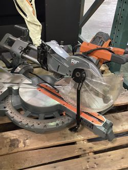 RIDGID 15 Amp Corded 12 inch Dual Bevel Sliding Miter Saw with 70 m Capacity for Sale in Las Vegas,  NV