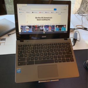 Acer ChromeBook C720 Series Display 11.30 inch  Celeron Dual Core 4GB RAM 16GB Storage  Chrome OS Se Habla Español for Sale in El Monte, CA