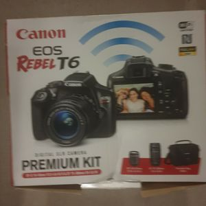 Canon Eod Revel 6 With Accessories for Sale in Miramar Beach, FL