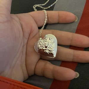 Fashion Jewelry Heart ❤️ Photo Frame Bracelet for Sale in Nuevo, CA