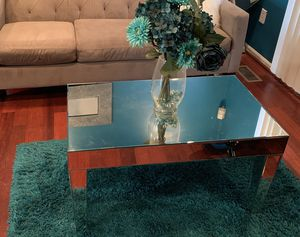 Mirror coffee table for Sale in Baltimore, MD