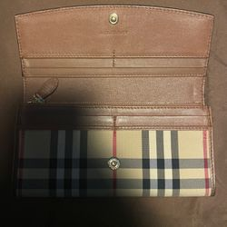 Burberry Wallet for Sale in Los Angeles,  CA