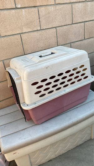 Medium size dog kennel for Sale in Norwalk, CA