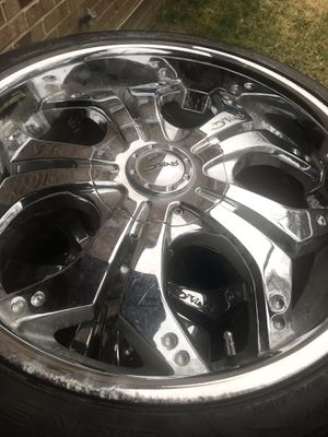 """20"""" chrome rims and tire for Sale in NEW CARROLLTN, MD"""