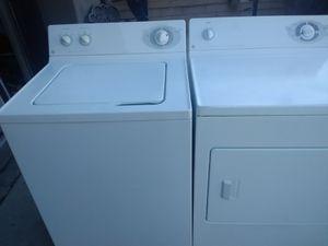 Juego de lavadora y secadora de gas en buenas condiciones for Sale in March Air Reserve Base, CA