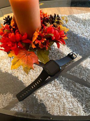 Fitbit versa smart watch for Sale in Bristol, CT