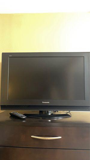 32 inch Panasonic TV for Sale in Scottsdale, AZ
