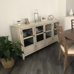 🌟New Deanford Antique White Accent Cabinet byAshley 🌜🚚 for Sale in Silver Spring,  MD