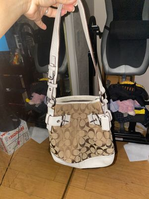 Coach purse, used like new for Sale in Lawndale, CA