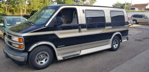 Chevy Express G1500 for Sale in Akron, OH