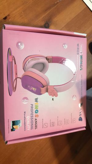 Wired headphones (wings) for Sale in White Marsh, MD