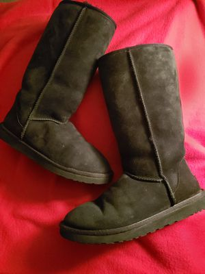 Ugg Mid Calf Boots 5815 for Sale in Reading, PA