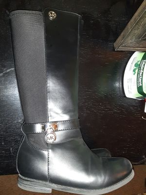 Michael Kors girls boots size 11 for Sale in OH, US