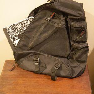 Black Shoulder Strap Bag, Gap Brand for Sale in Atlanta, GA
