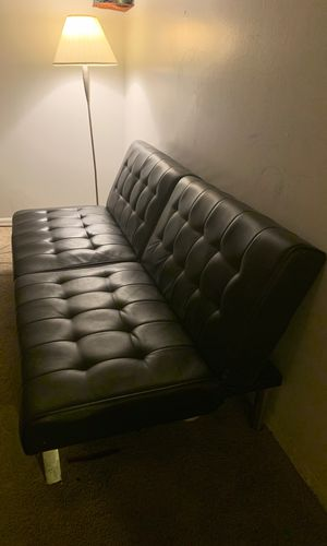 Futon sofa/ couch for Sale in Columbus, OH