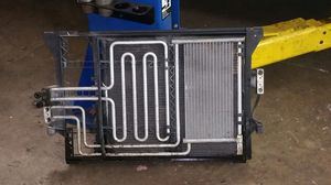 BMW 528i 00 Radiator / AC condenser for Sale in Germantown, MD