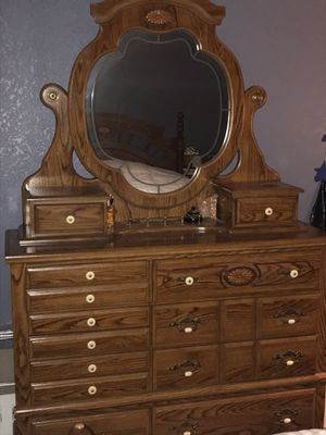 Oak Bedroom Set for Sale in Everett, WA