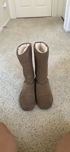 Tan/Brown BearPaw boots for Sale in Los Angeles, CA