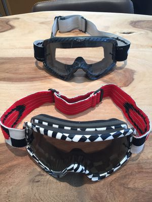 OAKLEY O-Frame XS MX (Youth Fit) Goggle for Sale in Costa Mesa, CA