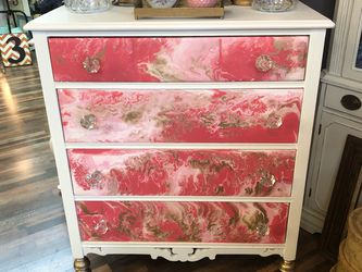 Coral Paint Pour Dresser for Sale in Tacoma,  WA