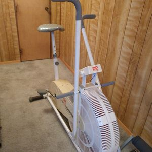 Pending Pick Up...Free Exercise Bicycle for Sale in Oregon City, OR