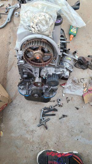 Civic 1.7L L4 SOHC 16V Engine Block for Sale in Riverside, CA