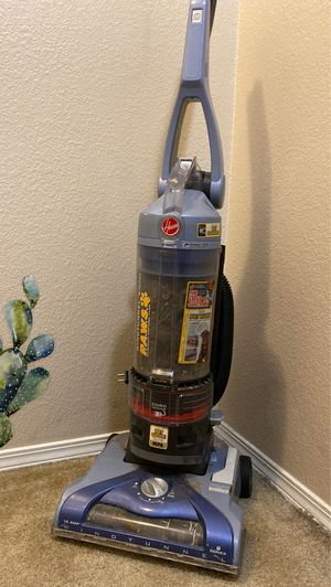 Hoover's paws vacuum for Sale in Arlington, WA