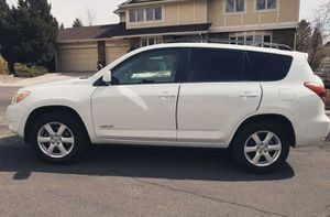 Fully Loaded Toyota Rav4 Well Maintained for Sale in Charlotte, NC
