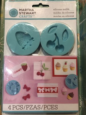 Brand New Martha Stewart Silicon Molds for Sale in Alhambra, CA
