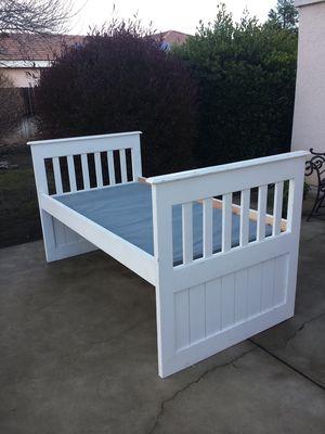 White Wood Twin Size Bedframe for Sale in Clovis, CA