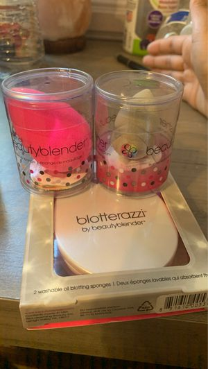 Brand new beauty blender products for Sale in Burbank, CA