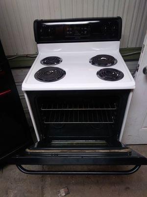 Tappan 4 burner stove for Sale in Tacoma, WA