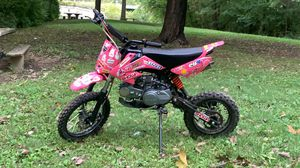 125 semi auto dirt bike for Sale in Columbus, OH