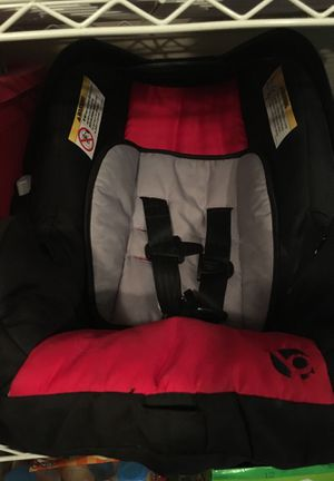 Car seat for Sale in Lakeland, FL
