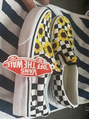 Sunflower vans. Women's size 5. for Sale in Sun City, AZ