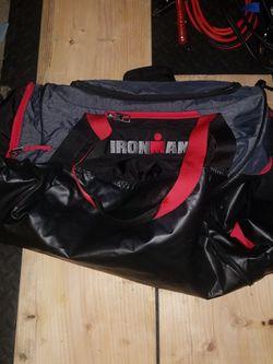IRONMAN OGIO M9 DUFFLE BAG for Sale in Orting,  WA